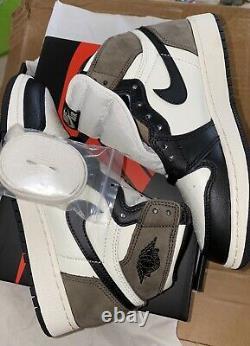 Air Jordan 1 Retro High OG GS Dark Mocha Youth Size 4Y Womens 5.5